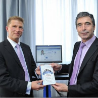 School Principal Claus Drachmann & Secretary General of NATO Anders Fogh Rasmussen are featured in Facebook Fairytales